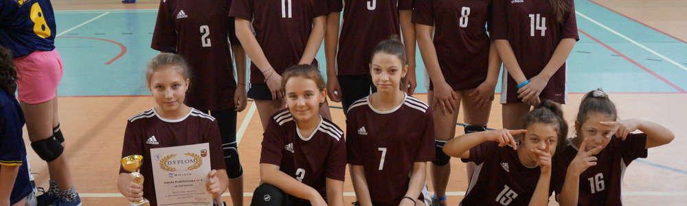 Mistrzostwa Rejonu V  w Mini  Piłce Siatkowej Dziewcząt Igrzyska Dzieci