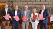 Podpisano umowy na realizację zadania polegającego na opracowaniu Strategii Rozwoju Obszaru Funkcjonalnego Południowe Mazury 2030/OF Południowe Mazury.
