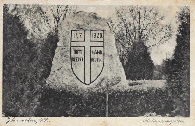 Pomnik plebiscytowy w Piszu (ze zbiorów Witolda Olbrysia)