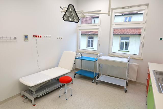 Wizytacja w nowym skrzydle szpitala w Szczytnie