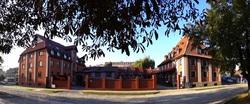 Hotel znajduje się w doskonałej lokalizacji i jest świetną bazą do zwiedzania regionu
