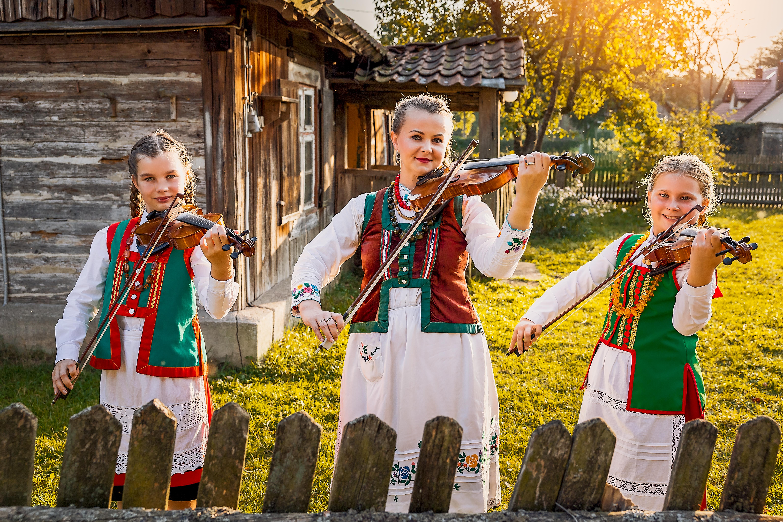 https://m.powiatszczycienski.pl/2021/04/orig/gmina-rozogi-fot-pawel-salamucha-39973.jpg